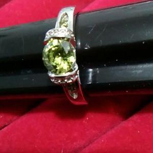 Size 9 gemstone ring 925